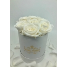 7- valge roosiga karp