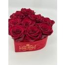 9-roosiga punane samet süda